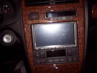 Installing DVD/GPS/radio in a XG350 (group 4)